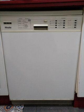 lavavajillas marca Miele