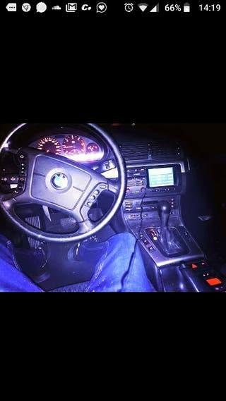 BMW E46 330d Serie 3 2001