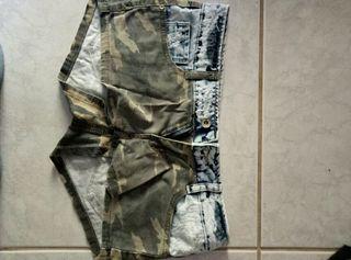 Pantalon corto.