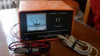 cargador baterias CARGATRONIC 220 V 12 V 7 amp.