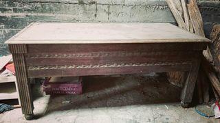 mesa de billar muy antigua de madera maciza