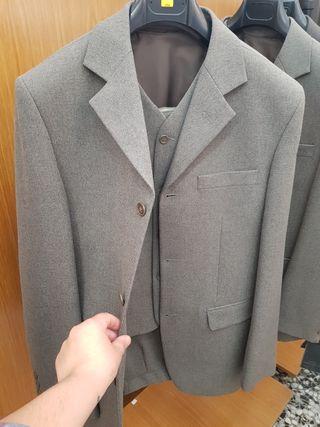 traje hombre azaraque