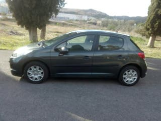 Vendo Peugeot 207 business line 70 CV,del 2011