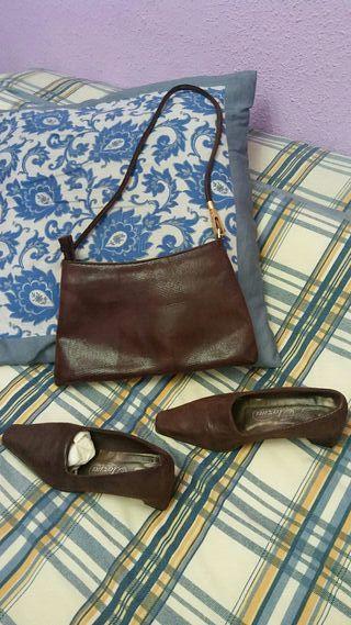Bolso y zapatos de piel marrones talla 37