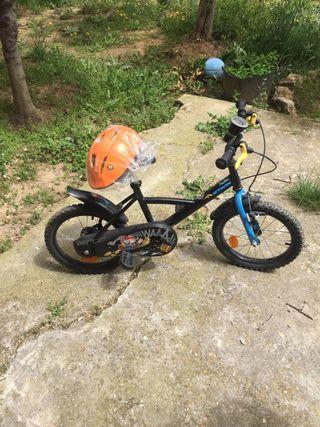Bicicleta de niño mas casco