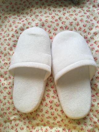 Zapatillas de baño