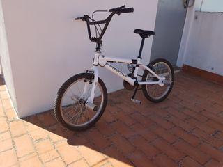 Freestyle BMX