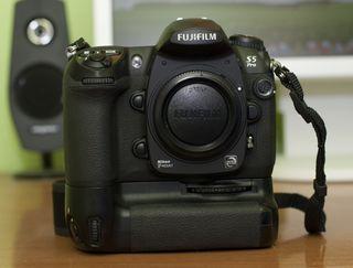 Camara Reflex Fuji s5 pro / Nikon d200
