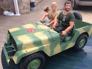 Coche jeep Geyperman Militar