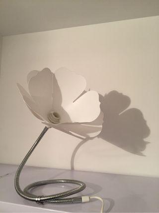 Lámpara escritorio Ikea