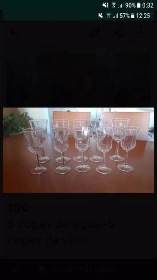 5 copas de agua + 5 copas de vino