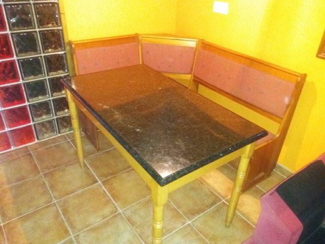 Mesa de cocina con banco abatible rinconera de segunda for Mesa rinconera para cocina