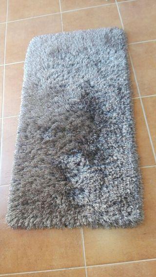 alfombras pie cama