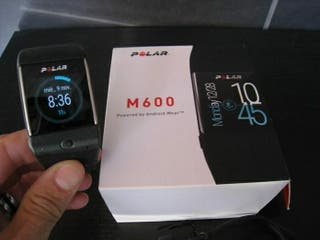 Smartwatch polar m600