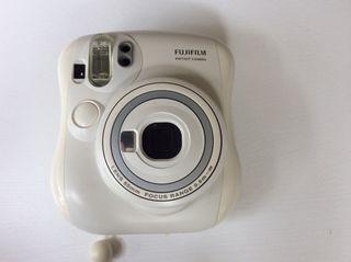 Fuijifil instant camera