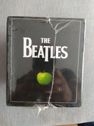 colección the Beatles CDs prescintados