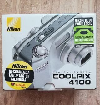 Cama de fotos Nikon.