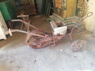 sembradora antigua
