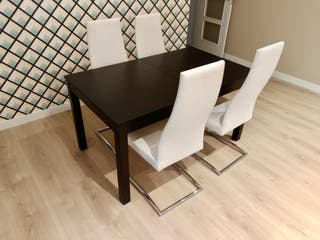 Mesa + 4 sillas modernas