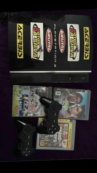 Consola ps3 más juegos