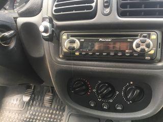 Renault Clio 1.9D.
