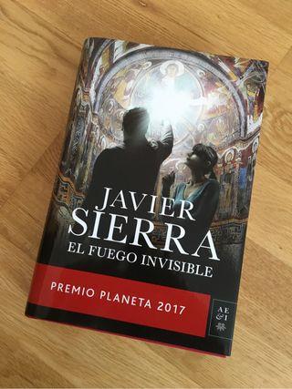Novela El fuego invisible