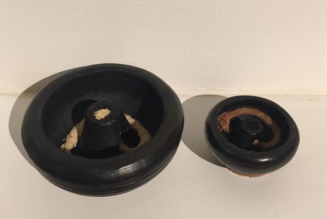 Paire Lampe à huile en terre cuite noire artisanat
