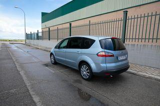 Ford S-MAX muy pocos kms y garantía