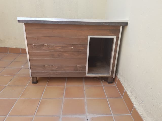 Caseta madera perro de segunda mano por 140 en igualada - Garajes de madera de segunda mano ...