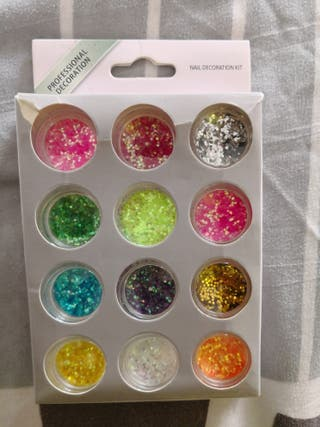 glitters for nails
