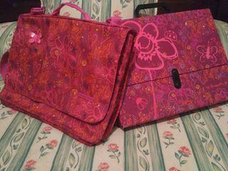 Conjunto bandolera y maletín escolar BY BUSQUETS