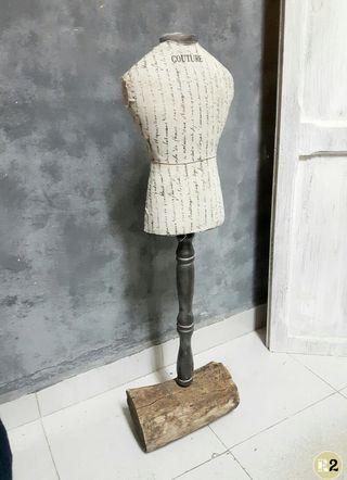 Maniqui Decoración con Tronco Vintage 80'5cm Alto
