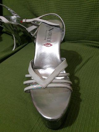 Zapatos, sandalias blancas con plataforma
