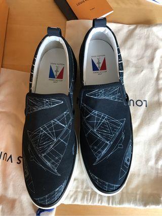 Louis Vuitton Men's Navy Victory