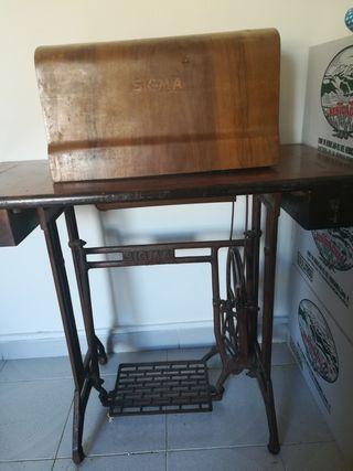 maquina de coser vintaj de los 60