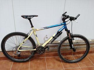 Bici descenso Rockrider 8.2 XT