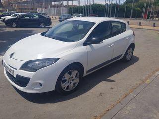 Renault Megane blanco 2011