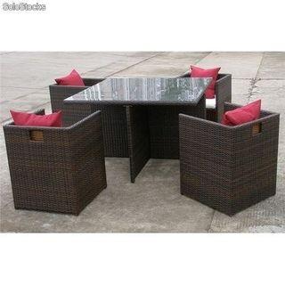 Mesa jardin cuadrada