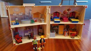 playmobi la casa de muñecas con caja!!