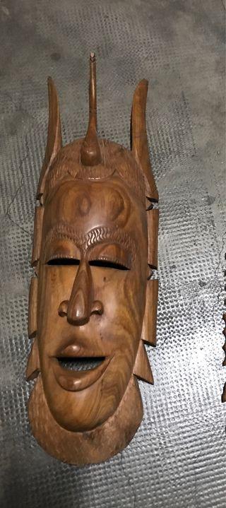 Mascara madera Senegal