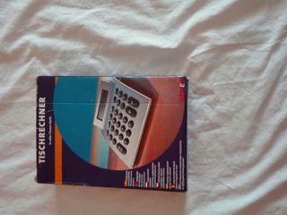 calculadora y linterna