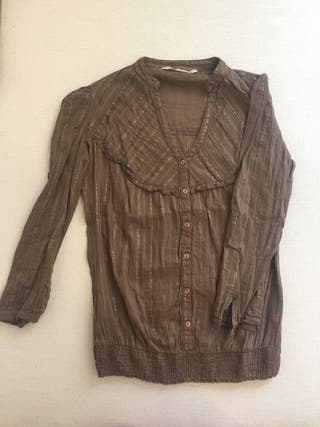 Camisa marrón. Talla S.