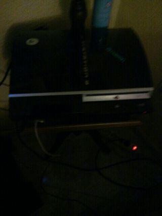 play station 3 con 6 juegos y 3 mandos