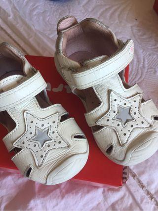 Zapatos bebe biomecanics talla