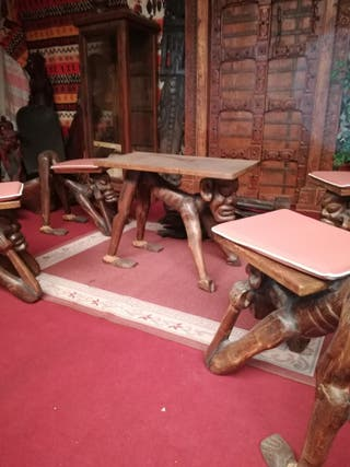 Juego de mesa más 4 sillas