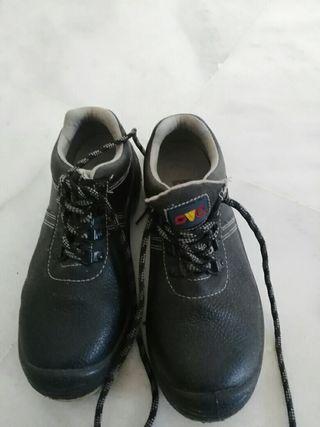 zapatos de seguridad.talla 37
