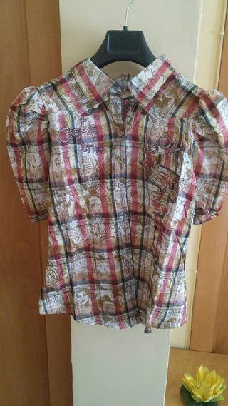 Camisa cuadros.