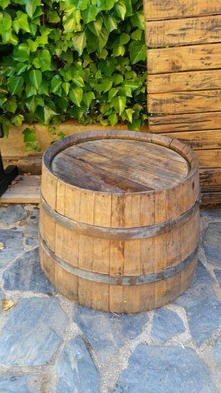 mesa baja barrica vino