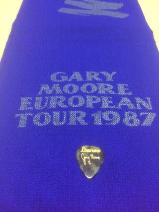 Gary moore pua y bufanda usada Barcelona 1987 tour