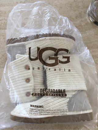 Botas chica UGG Australia.